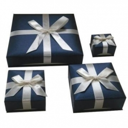 China Nice design of jewelry cardboard box with ribbon on sale