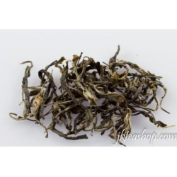 China 2013 First Flush Spring Ba Nuo Village Old Tree Raw Pu Er, Loose Leaves, 15g/bag on sale