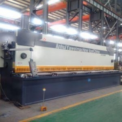 China Yawei 8M Large Hydraulic Guillotine Shears on sale