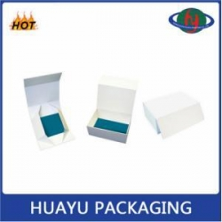 China High Quality OEM Magnet Closure Cardboard Box Packaging on sale