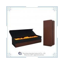 China luxury cardboard wine packaging gift boxes with silk insert on sale