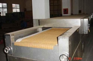 China Microwave Wood products drying machine on sale