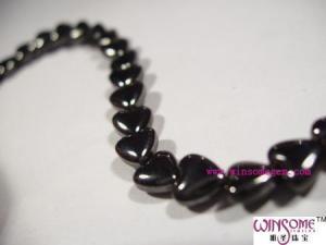 China Magnetic stone Hematite hea 【Name】Hematite heart beads on sale
