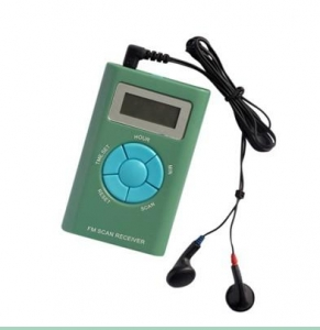 China FM radio with earphone FM auto scan radio with frequency digital display on sale