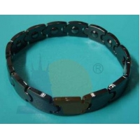 22. Ceramic bracelet