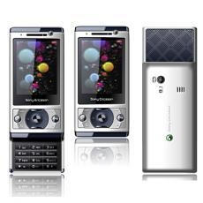 China F520 quadband dual sim cards phone with flashlight on sale