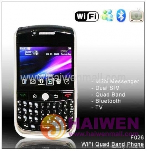 China F026 WIFI JAVA TV Full Keyboard BlackBerry 8900 Cellphone on sale
