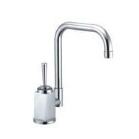 China Single Handle Modern Kitchen Faucet - M500107C on sale