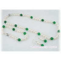 Elegant potato pearl and green jade jewelry set for 2009 summer