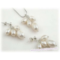Sterling silver white freshwate rice pearl grape pendant jewerly
