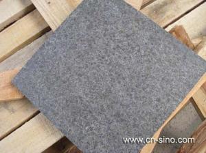 China Granite G684 Flamed G G684 Flamed Granite Tile on sale