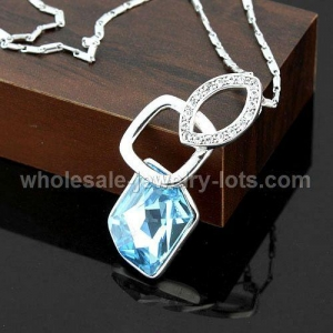 China Copper plated platina chain with Austria Swarovski crystal pendant on sale