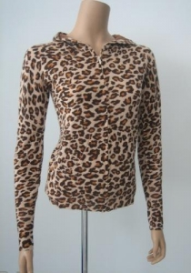 China Women Cashmere Sweater Leopard Print Cashmere Hooded For Women on sale