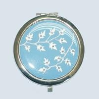 China Cosmetic mirrors Button badge on sale