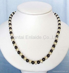 China Hematite Magnetic Jewelry Magnetic Hematite Pearl Beads Necklace on sale