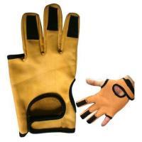 China Archery glove on sale
