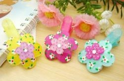 China Flower hair accessories and Hair clips for girls on sale