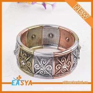 China Vintage Zinc Alloy Metal Bracelet Fashion Jewellery on sale