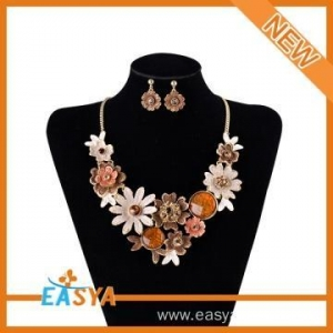 China Earrings Set Artificial Flower Necklace on sale