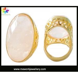 China Fashion charming latest design diamonds ring for girls enagagement diamonds ring on sale
