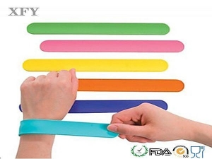 China 2014 new products hot silicone bracelets on sale