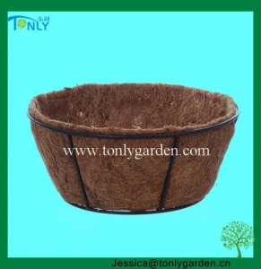 China Wire Planter Baskets Round Basket with Coco Liner on sale