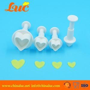 China 4 pcs mini heart shape plunger cutter set on sale