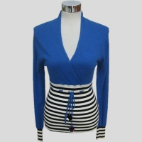 Fashion knitted ladies v-neck sweater Y190