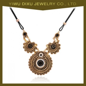 China Factory Directly Unique Design Gold Plated Necklace & Women African Necklace on sale
