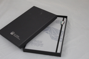 China Notebooks Elastic Band Notebook, Notebook With Gift Box on sale