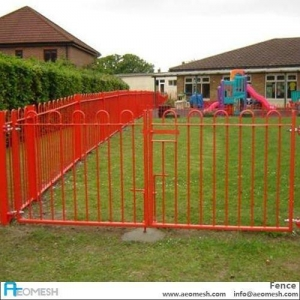 China PVC coated bow top fencing on sale