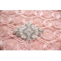 China Crystal Rhinestone Applique Wedding Bridal Glass Iron on Applique Patch on sale