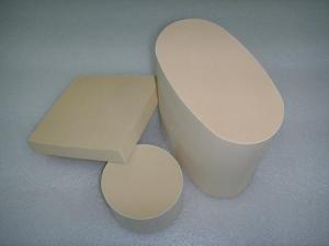 China Activated Alumina Ceramic Honeycomb Substrate on sale