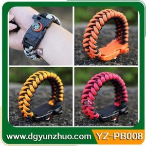 China paracord bracelet Wholesale paracord survival bracelet with fire starter buckle on sale