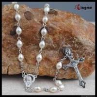 China Kingme Fantastic 6*8mm Plastic Pearl Beads Rosary with Holy Mary Connector on sale