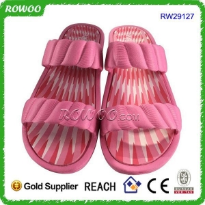 China Fashion Women Indoor Flat Pink Eva Slippers (RW29127) on sale
