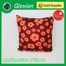 China Popular confortable pillow glovion hug pillow christmas throw pillows on sale