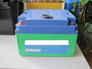 China 12V 30 AHLithium iron phosphate battery ( lead-acid shell ) on sale