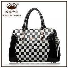 China HONGKONG DASHAN 166 Best selling fashion shoulder cooler hand bag for young old lady on sale