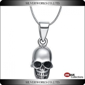 China Antique Skull silver pendant Punk Thai silver ornaments Mini skull head charms for wear on sale