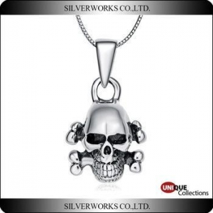 China Skate pendant silver 925 sterling silver Skull charms Antique silver punk necklace pendant on sale
