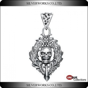 China Antique Silver Skull Punk Necklace Pendant Unique 925 Sterling Silver Gothic ornaments charms on sale