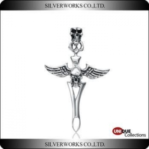 China Antique 925 Sterling Silver Angel Wing with Skulls Cross Pendant on sale