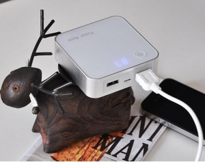 China New Product 2013 Slim powerbank smart charger Capacity 6600mAh on sale
