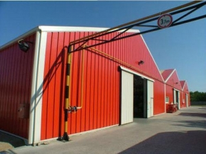 China Prefabricated Low Cost Steel Structure Industrial Sheds Design Steel Company on sale