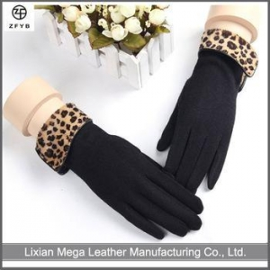 China Wholesale Women Winter Fashional 80% Cashmere Gloves Driver Gloves With Leopard on sale