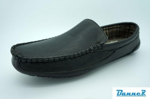 China Banner Men Moccasin Slippers-16M06J01005 on sale