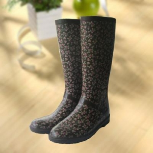 China Elegant flowers printing rubber rain boot, woman knee boot on sale