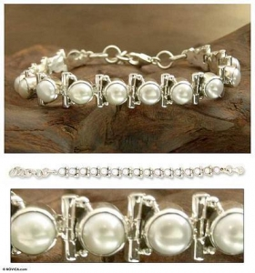 China Women's Jewelry Bridal Sterling Silver Pearl Bracelet, 'Pure Chic' on sale