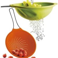 China Folding Strainer With Handle on sale